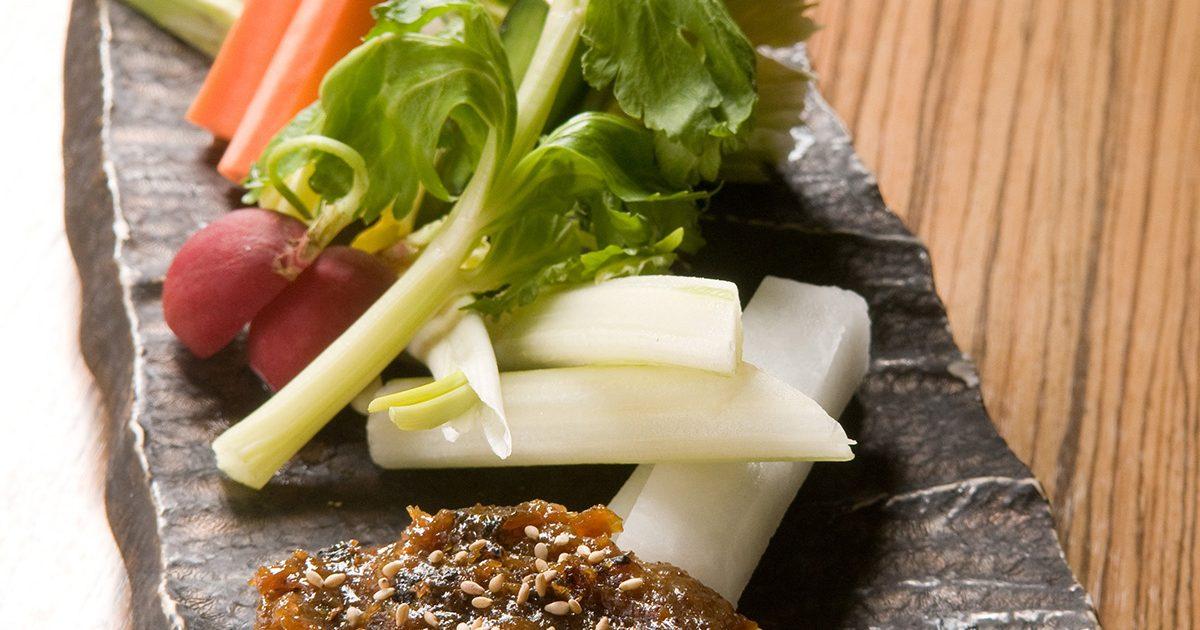 フレッシュ野菜 豚味噌を添えて